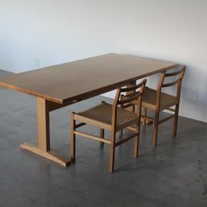 n-02 table
