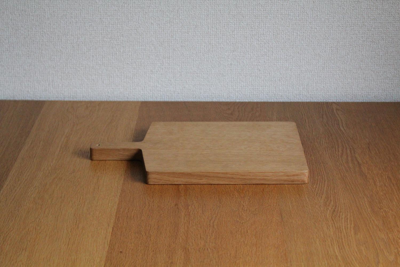 ナラのカッティングボード