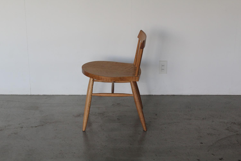 ならの椅子