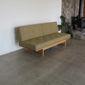 51  sofa(day bed)